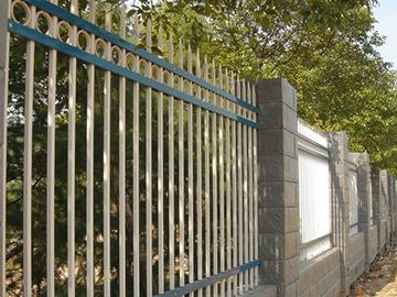 安徽省三横杆带花边护栏