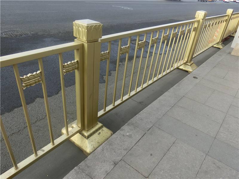 首都北京市人行道隔离护栏